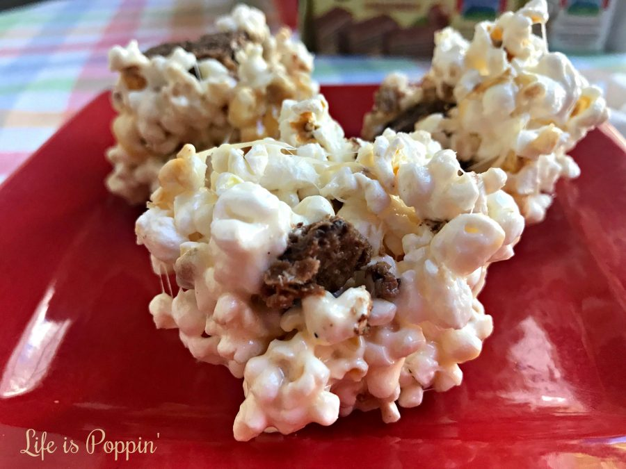 Easy-Chocolate-Popcorn-Balls