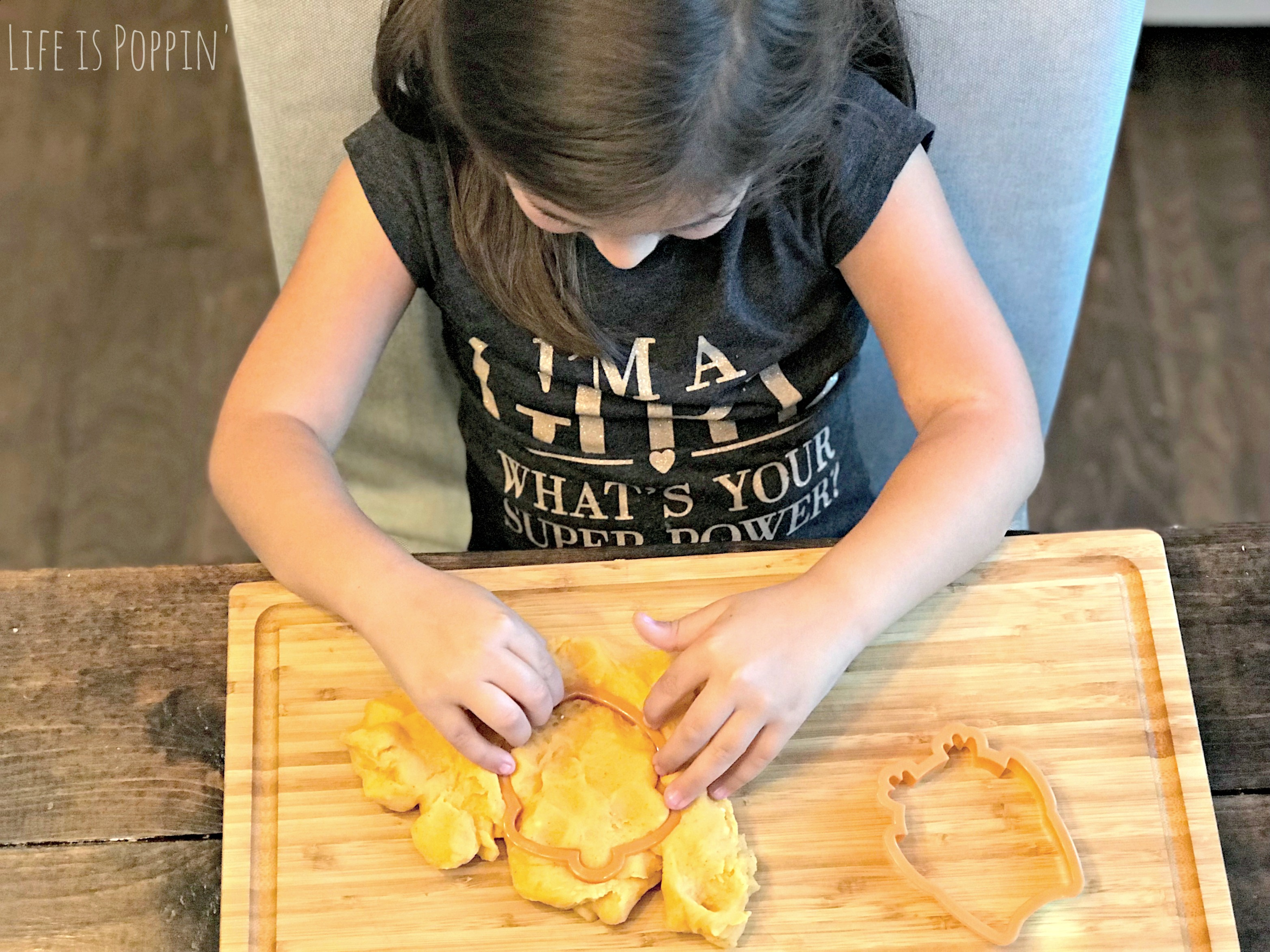 Pumpkin-Dough-play