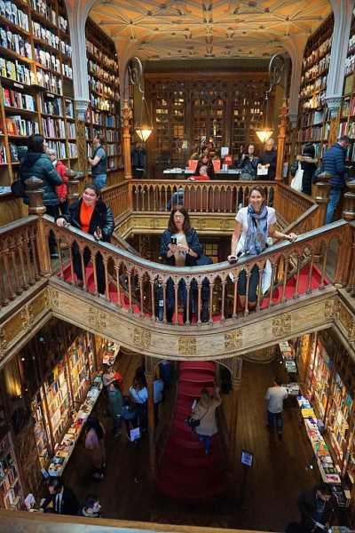 Livraria Lello & Irmao Historic Book Store