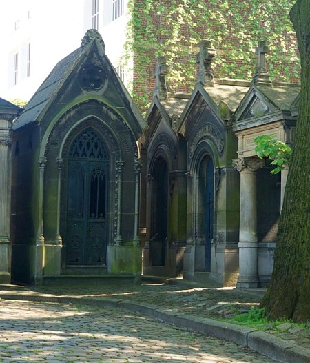 Montmartre Cemetery showing large hut-like graves