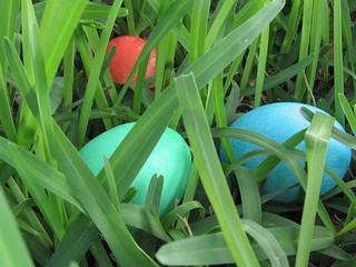 Easter Eggs in grass by Mr. Juicebox on Flickr