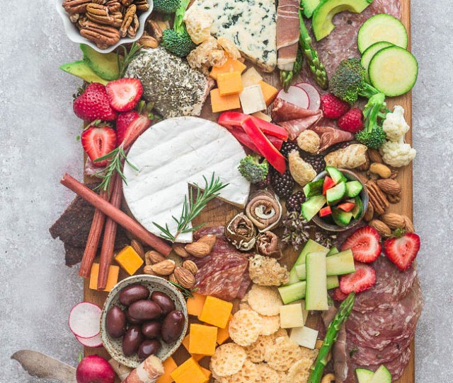 Low Carb Cheese Board Perfect Low Carb And Keto Friendly Party Appetizer Trays