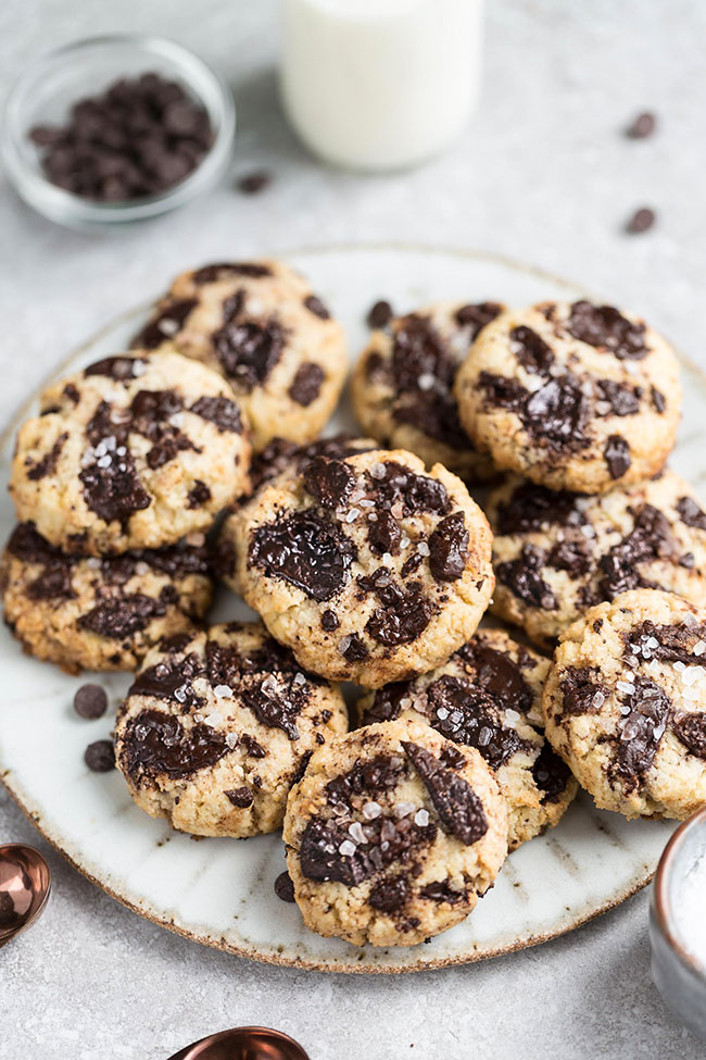 Low Carb Chocolate Chip Cookies bake up soft and chewy using just ONE bowl using coconut oil instead of butter. These healthy chocolate chip cookies are also keto, sugar free, gluten free and Paleo friendly.