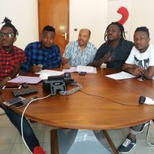 Revolution rejoint Sony Music