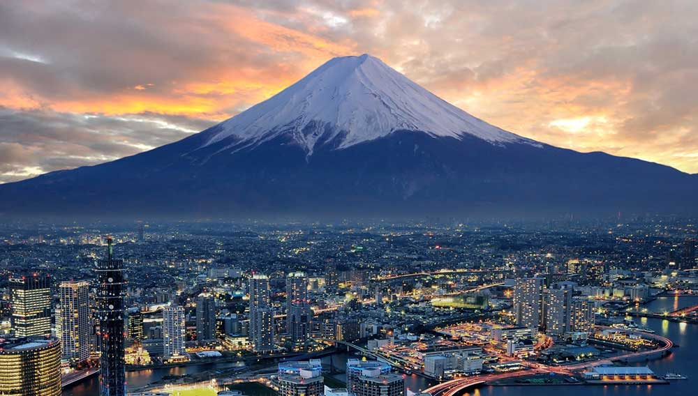Another view of Fuji and you