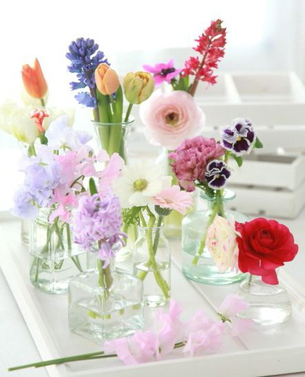 Букеты цветов в колбах