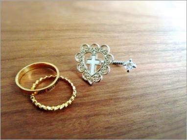 瀧本美織のブログでの指輪画像