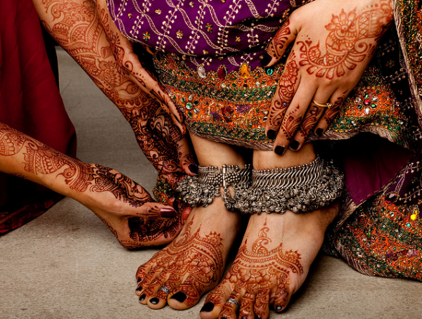 Bridal-Mehandi-Design-for-Your-Hands-and-Feet