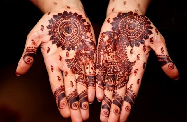 latest-rajasthani-henna-designs2