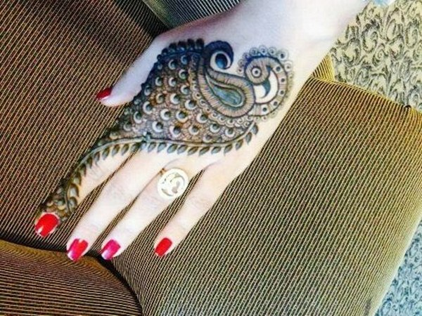 latest-rajasthani-henna-designs7