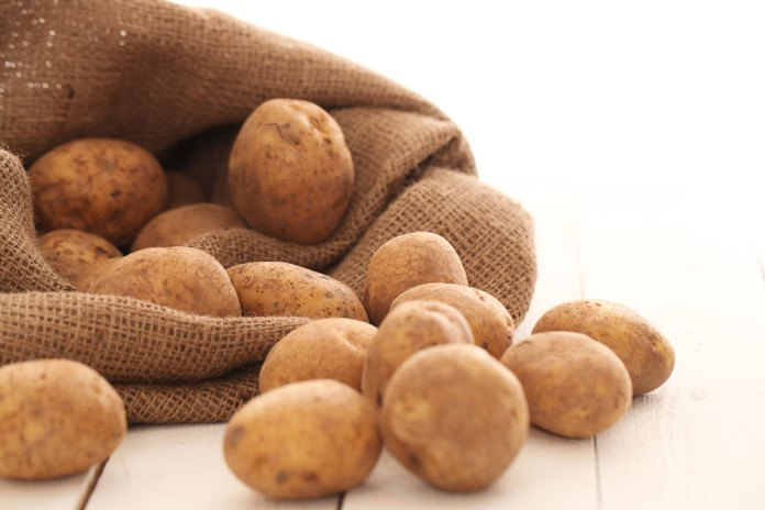 ", Potato: The ""food for the poor"" that hides treasures"