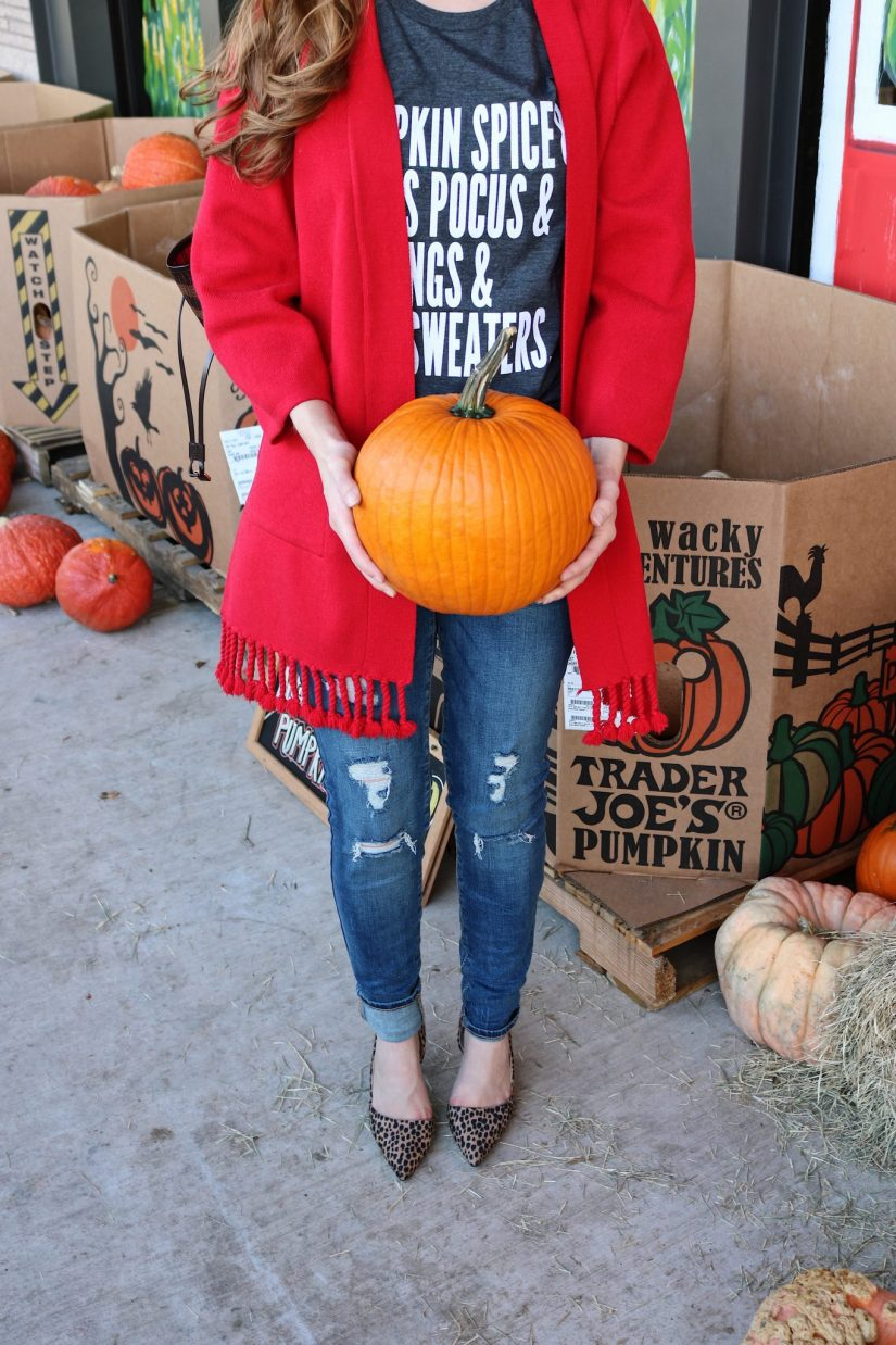tips to dress up a t-shirt   duster cardigan   tassel cardigan  red and leopard   fall t-shirt   How To Dress up a t-shirt   how to dress up a tshirt   long cardigan   graphic t-shirt outfit   dress up t-shirt and jeans  