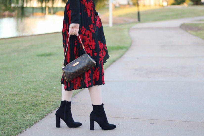 pleated-midi-skirt