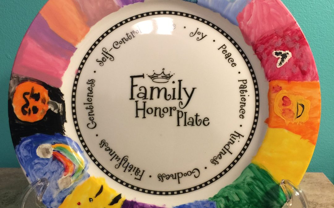 Family Honor Plate + Table Thyme Discussion Cards | Review