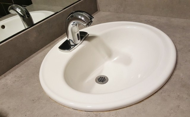Self-rimming sinks. Also known as the drop in sinks.