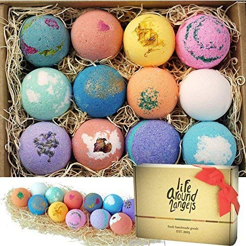 Bath bombs gift set for Mother's Day.