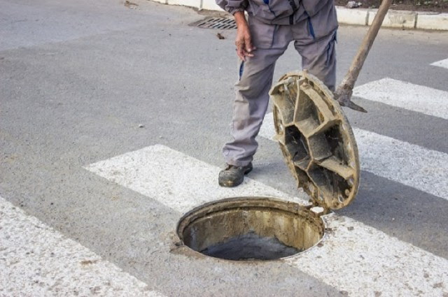 Reasons Behind Opting for Blocked Drain Cleaning Service Provider