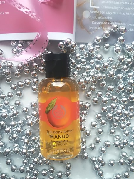 Day 8 opening beauty advent calendars life of menta - The body shop mango shower gel ...