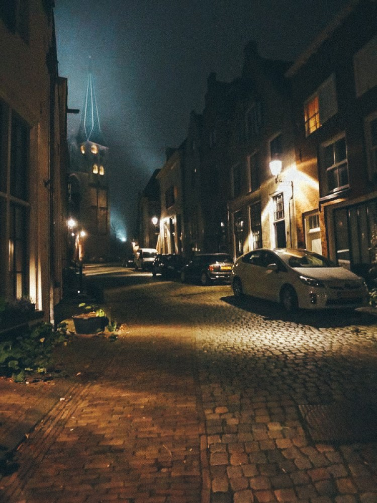 Deventer, Walking the streets at night