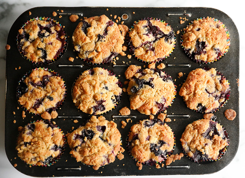 Amazing Blueberry Muffins with a Crumble