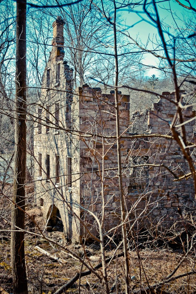 Mill Ruins Ontario, German Old Mill Ruins, Things to See in Ontario, Things to See in Cambridge Ontario,