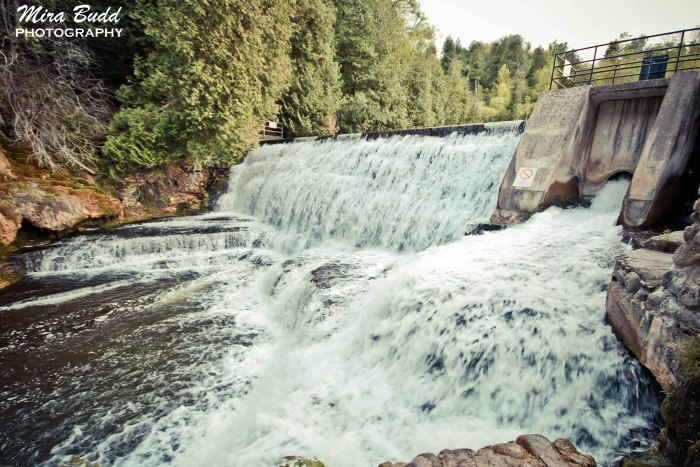 Best Waterfalls in Ontario, Hiking Trails in Ontario, Belfountain Conservation Area,