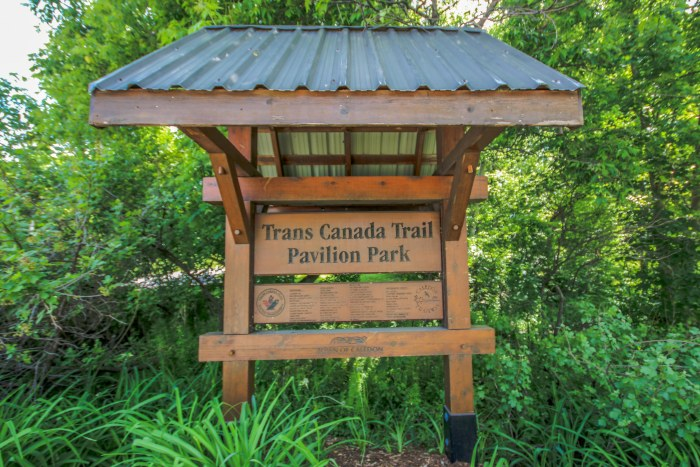 Things to see in Caledon, Beautiful Town in Ontario, Hiking Trails in Ontario,