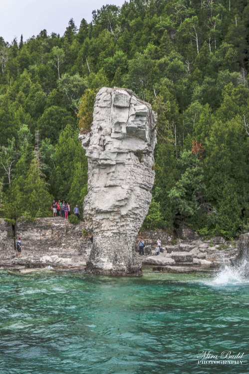 Things to do in Tobermory, Beautiful Places in Ontario, Tobermory Hiking Trails, Flowerpot Island,