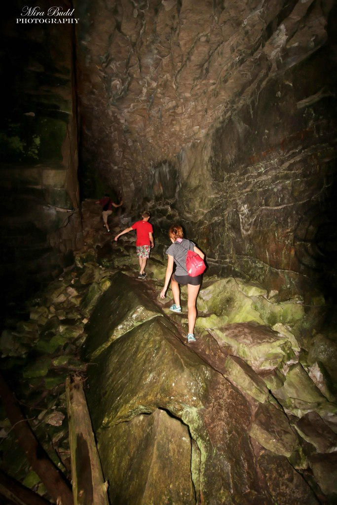 Ontario Hiking, Ontario Caves, Things to See in Ontario, Beautiful Places in Ontario, Caves in Ontario, Hiking Trails Ontario, Along the Bruce Trail,