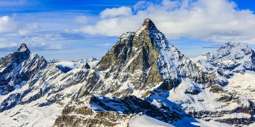 Swiss Alps Skiing, Best Skiing in The World, Places to visit in the World, Beautiful Places in The World, Travel Bucket List, Amazing Places in The World, Things to See Before You Die,