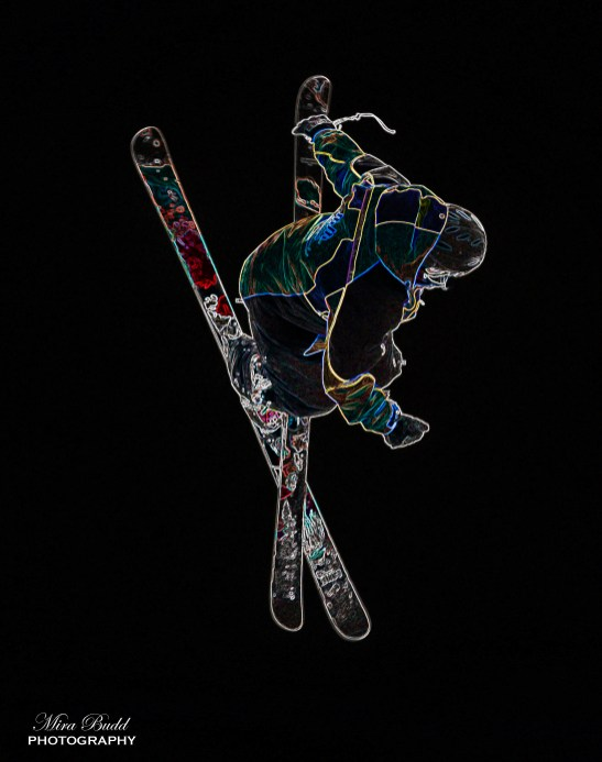 Mount St. Louis Moonstone Half Pipe, Mount St. Louis Moonstone, Best Terrain Parks Ontario, Ontario Skiing, Top Ski Hills in Ontario, Best Skiings in Ontario, Freestyle Skiers, Things to do in Winter in Ontario, Ski Rosorts Ontario, Mount St. Louis Moonstone Terrain Park,