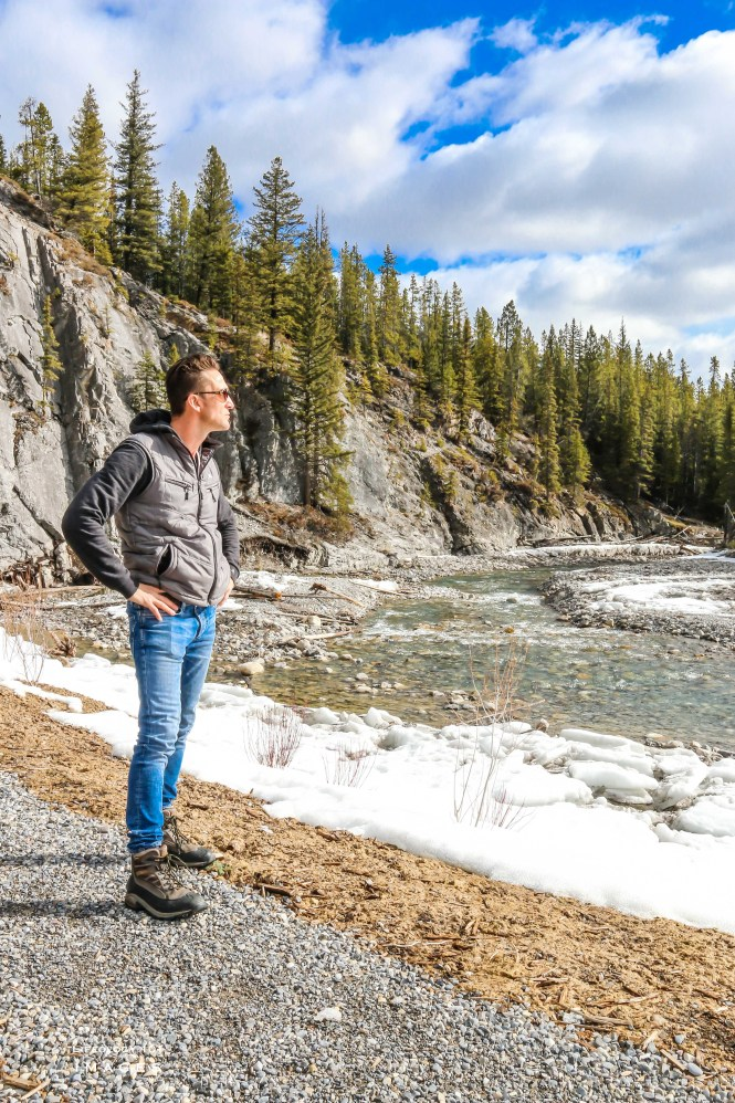 Banff Alberta, Bow Valley Parkway, Things to See in Alberta, Beautiful Places in Alberta,Places to visit in Banff,