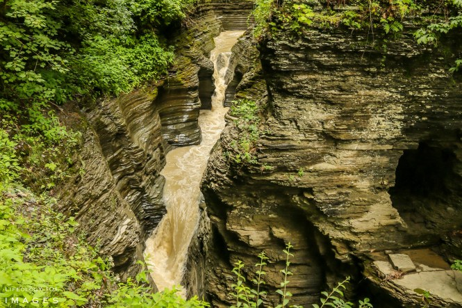 Watkins Glen Falls, Watkings Glen Waterfalls, New York State waterfalls, Best waterfalls in New York State, USA Waterfalls Places to visit in the States,