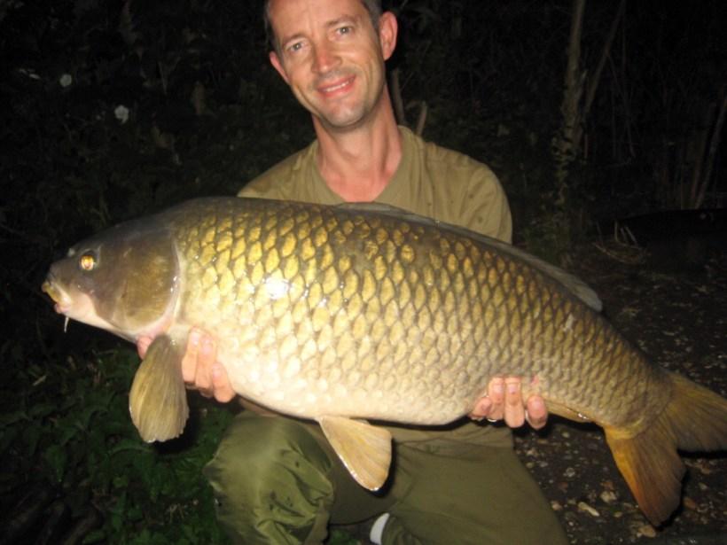 carp fishing Farlows Lake 2