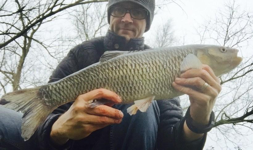 winter fishing river lea