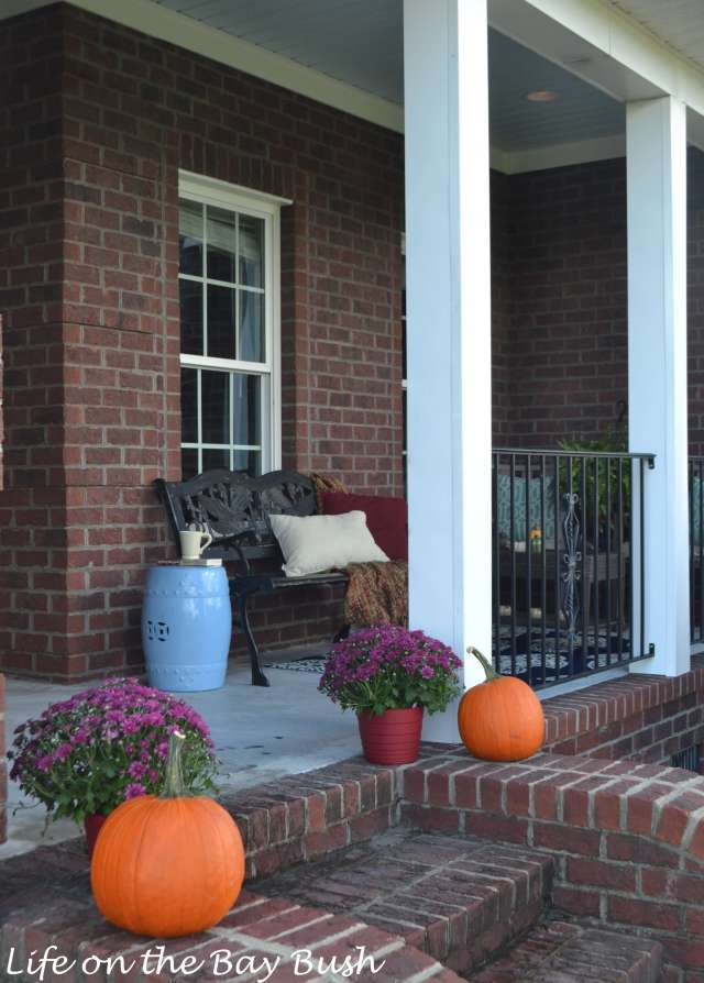 pumpkins-porch