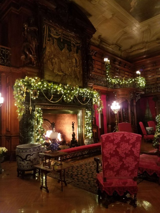 Candlelight Christmas Tour of the Biltmore Library