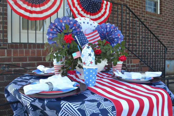 Love this festive July 4th Tablescape