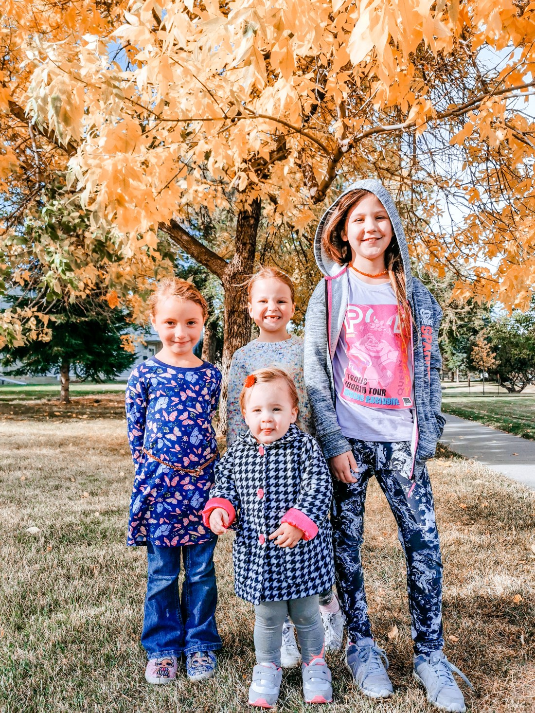 Mom Blog - Edmonton, Alberta, Canada - Four Daughters - Parenting is tough when it's just one kid!
