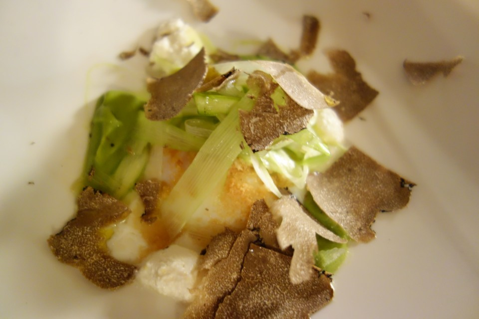 eggs and truffles qatar food blog