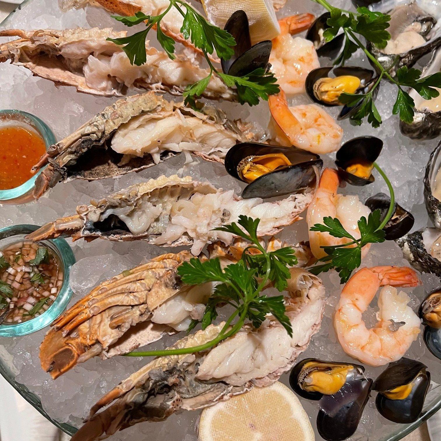 Mosaic at mandarin Oriental Lobster night