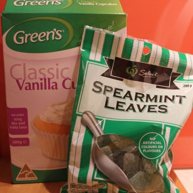 Supplies for the St Patrick's Day cupcakes