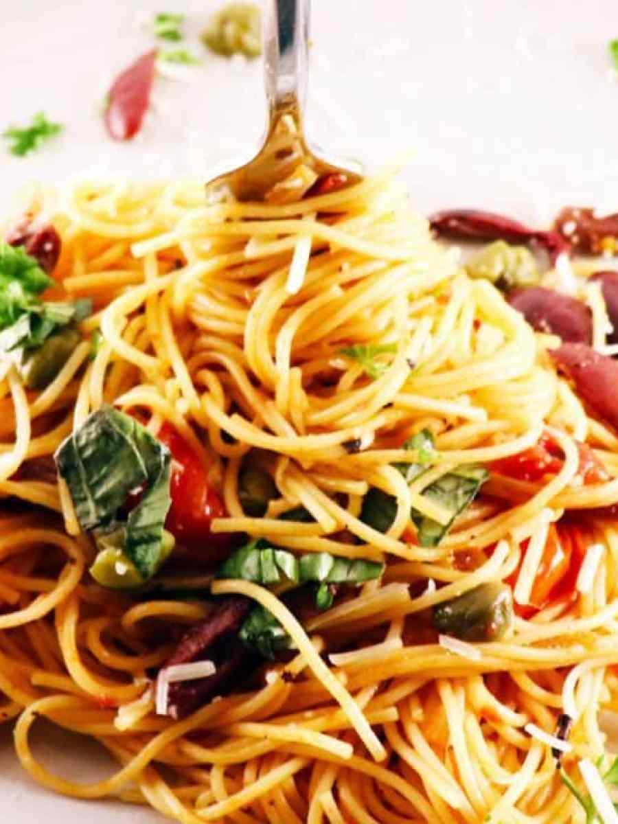 Pasta Puttanesca Twirled Around the Fork