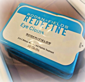 Rodan and Fields Refine Eye Cloths