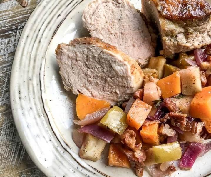 One-Skillet Applesauce Pork Tenderloin Recipe