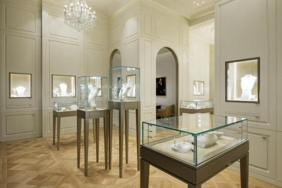 Boucheron opens in The Dubai Mall__4