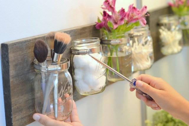 Take-mason-jar-out-to-clean