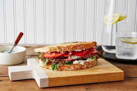 3d46aec0-7c85-403a-8921-f79bf53fe6b8-2015_0707_herbed-feta-and-steak-sandwich_bobbi-lin_4191
