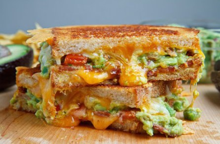 bacon-guacamole-grilled-cheese