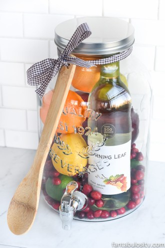 diy-gift-idea-sangria-for-friends